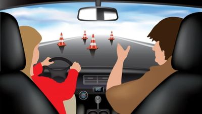 Стоимость курсов обучения водителей увеличилась.